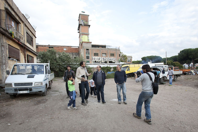 Guidoni in visita a Metropoliz