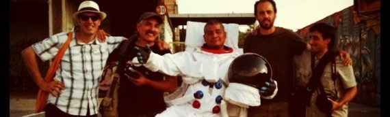 Un astronauta a spasso per il Metropoliz